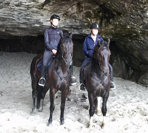 magic and vin and Corti's in beach cave
